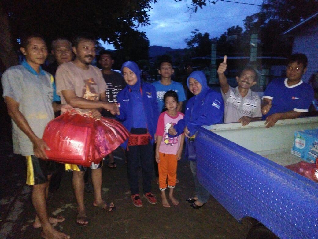 Kader Demokrat Bantu Korban Banjir di Yogya dan Pacitan