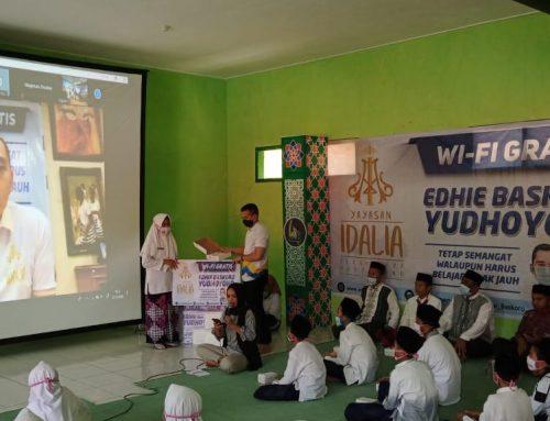 Tunjang Penerapan Sistem Pembelajaran Jarak Jauh, Ibas Bagikan WiFi Gratis