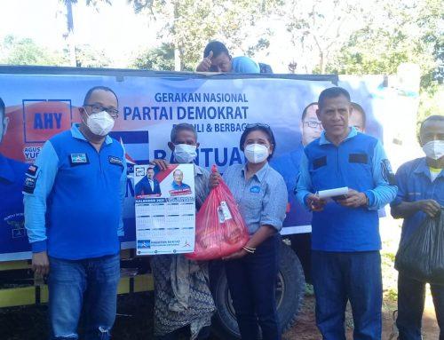 Demokrat Kab Kupang Bagikan Paket Bantuan dari AHY untuk Korban Bencana