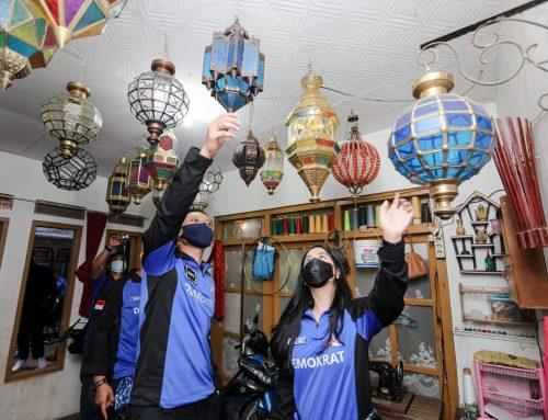 Di Cianjur, AHY Belanja Lampu Gentur dan Dialog Bersama Petani