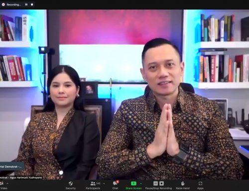 """Webinar Hari Batik & Sumpah Pemuda, AHY: """"Kita Harus Libatkan Milenial untuk Lestarikan Batik"""""""